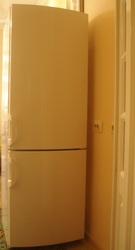 Продам холодильник (2-х камерный,  2012 год)