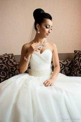 Продам свадебное платье от ЮМЕЛИ