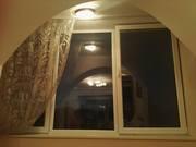 Вікно металопластикове біле з підвіконником